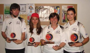 medallistas zamoranos. de izquierda a derecha Rufi, Mirian, Mati y Bea