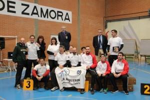 arqueros, jueces y voluntarios de Zamora con el Concejal de Deportes del ayuntamiento de Zamora
